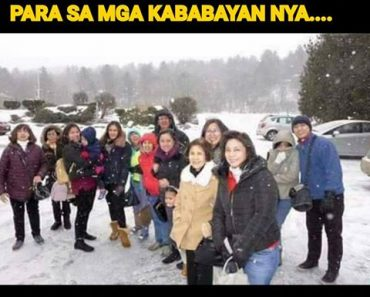 Robredo white christmas photo